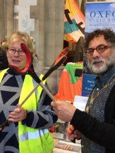 Lord Mayor Craig Simmons and Oxclean Co-ordinator Natasha Robinson at North Oxford Eco-fair 23/11/2019