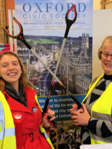 Rosie Sourbut, Lab PPC for Oxford West & Abingdon and Oxclean Co-ordinator Natasha Robinson at North Oxford Eco-fair 23/11/2019